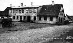 A167-1905.jpg